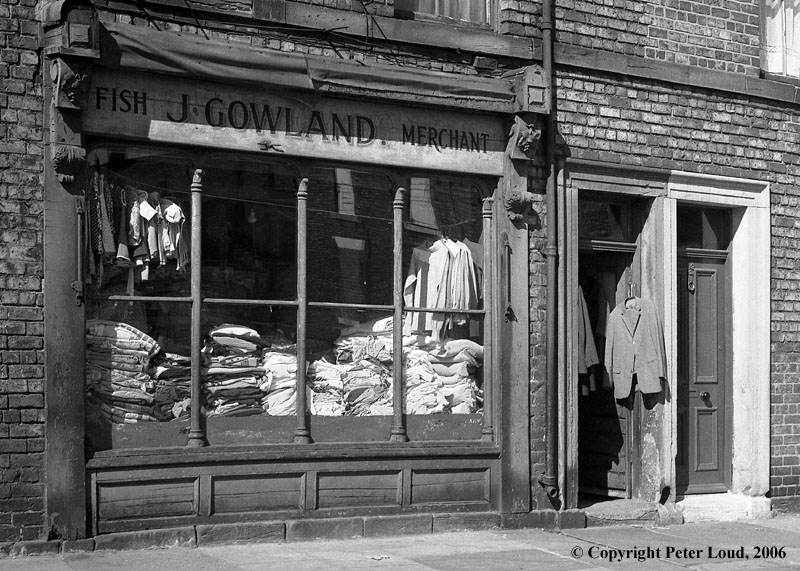 Second Hand Clothes Shops Second-hand Clothes Shop