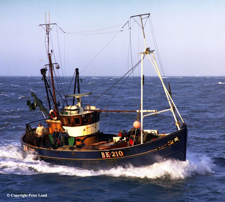 Photographs of northumberland by peter loud fishing boat for Sea fishing boats